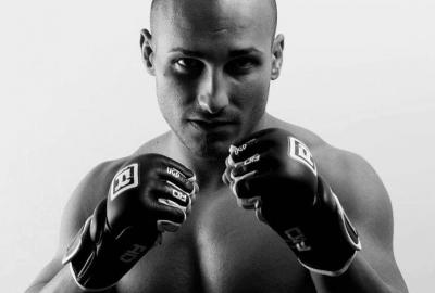 Zawodnik MMA znaleziony martwy przed galą!
