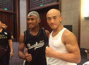 Buakaw i Yi Long