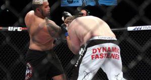 Mark Hunt gasi Roya Nelsona na UFC Fight Night 52! Wyniki
