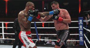 Tyrone Spong chce powrocić do Glory Kickboxing i walczyć z Rico Verhoevenem i Badrem Hari