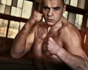 Tomasz Sarara atakuje Michała Turyńskiego czyli konflikt dwóch ciężkich w DSF Kickboxing Challenge!