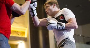 Zawodnik UFC i Bellator MMA aresztowany za przemoc