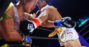Transseksualny bokser Nong Rose przegrywa na Knockout First Impact! Wyniki & Video