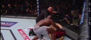Marcin Tybura przegrywa po nieprawdopodobnej wojnie z Derrickiem Lewisem na UFC Fight Night 126! Video