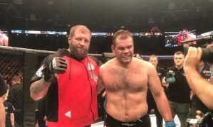 Aleksander Emelianenko - dwie walki latem z Victorem Pestą i Tony Johnsonem Jr.