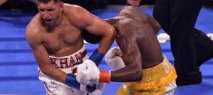 "Terence ""Bud"" Crawford obronił pas WBO po faulu z Amirem Khanem! Video"